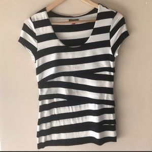 Vince Camuto black & white striped top - Size Sm